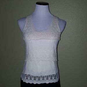 Wet seal tiered lace detail front scoop neck XS